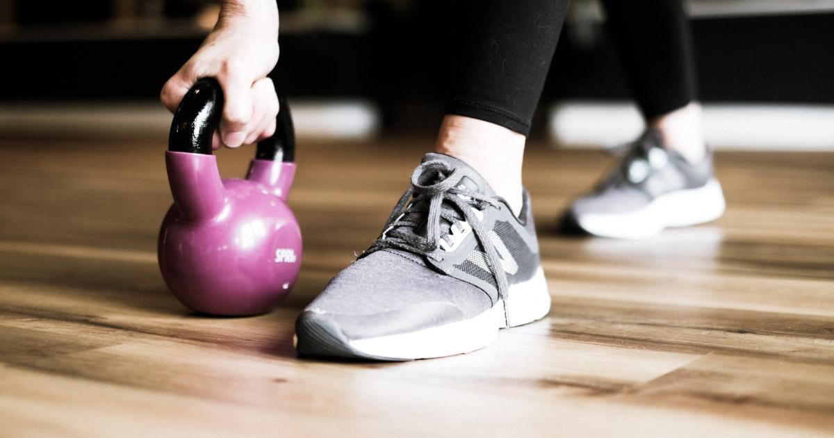 jen murphy fitness weights class with a kettle bell